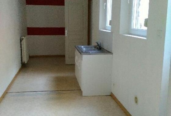 Appartement RDC disponible 1 er fevrier(rue de la grange) compre